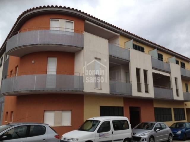 Second floor flat situated very close to the town's centre, Mercadal, Menorca.