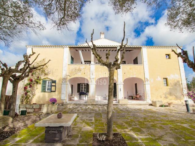 Majestic rural property in the middle of athentic menorcan countryside