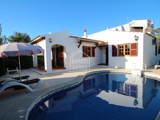 Villa with TOURIST LICENSE in Cala Blanca, Ciutadella, Menorca