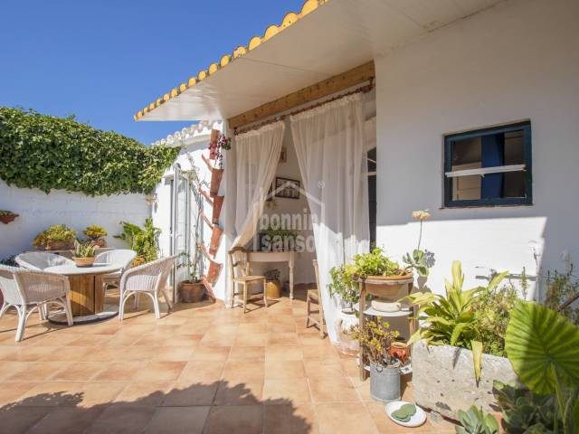 Attractive townhouse with garden, on the outskirts of Mahon, Menorca.