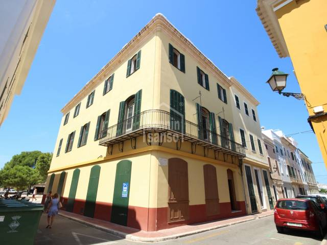 Front - Manor house in the historic and commercial center, Ciutadella, Menorca