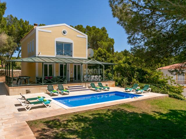 Fantastic chalet with Tourist lIcense in Son Parc, Menorca.