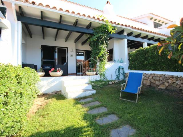 Terraced house in an attractive complex with communal gardens and pool in Arenal, Menorca