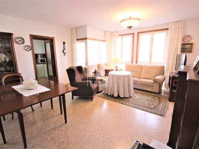 dining living room - Elegant apartment in Plaza Menorca, Ciutadella