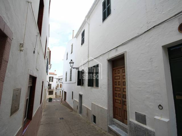 Interesting town house in the centre of Alayor, Menorca