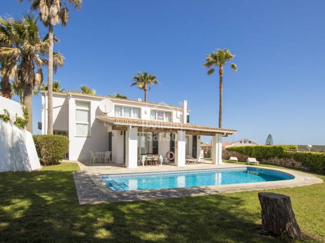 Villa with panoramic views of the entrance of the Port of Mahon, Menorca