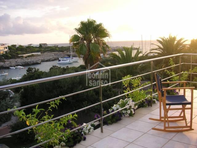 Front line villa with private swimming pool in Sa Caleta