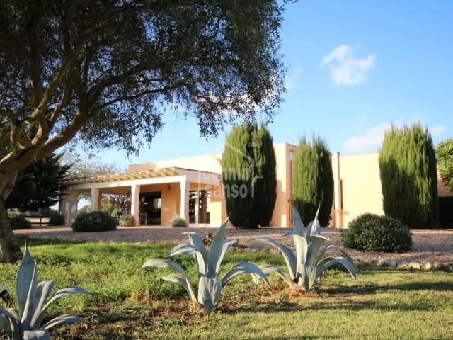Preciosa casa de campo moderna en Torret, Menorca