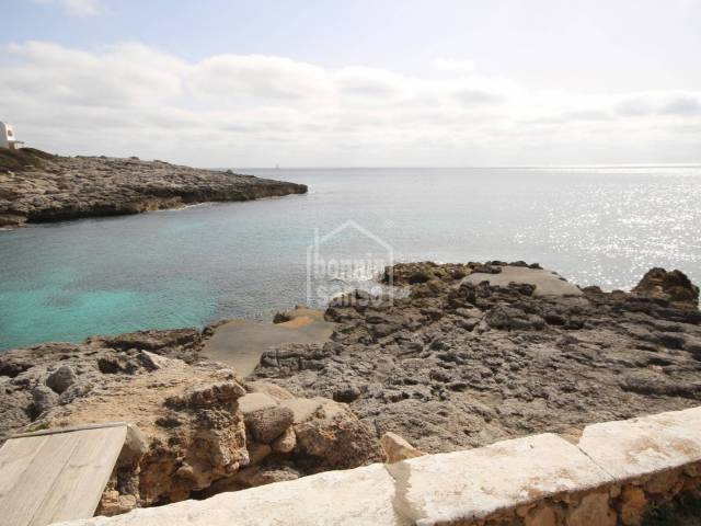 Available for rent - garage in Cala Torret on the south coast of Menorca