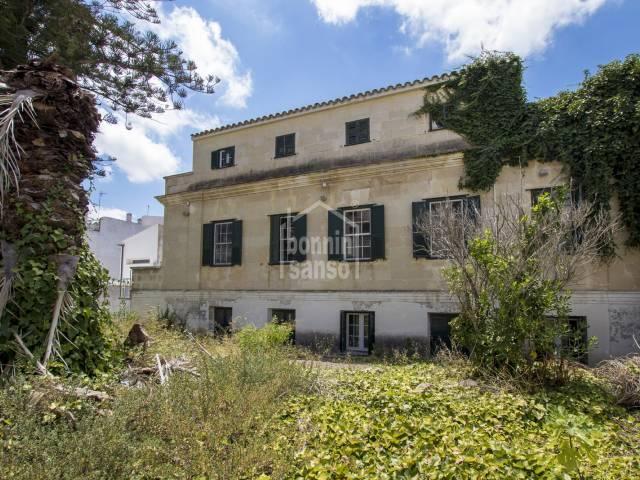 Magnifica casa señorial con jardin Mahon Menorca