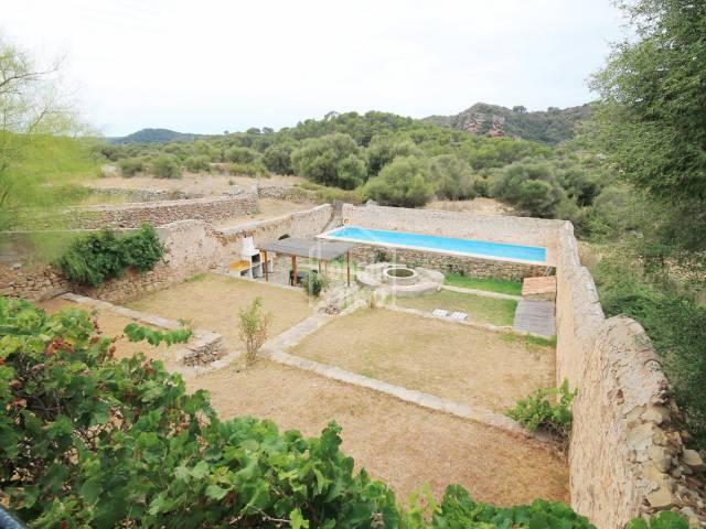 Finca rústica con mucho encanto y vistas cerca de Mahón. Menorca