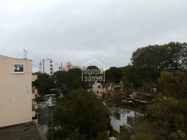 Geräumige Penthousewohnung im Zentrum von Cala Millor