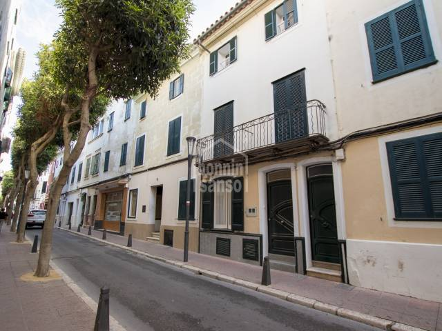 Refurbished ground floor flat, Mahon town centre, Menorca