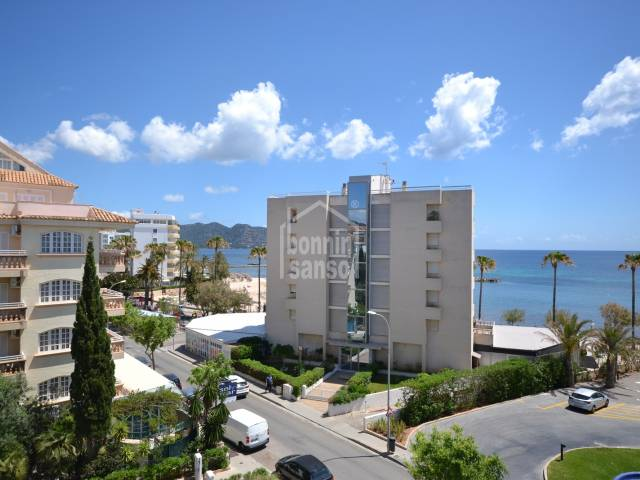 Sunny 4th floor apartment with lovely sea views in Cala Bona, only 50 metres from the Beach.
