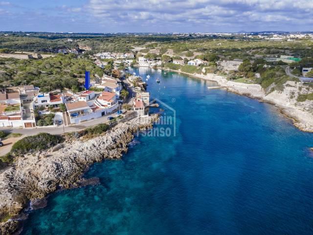 Propiedad en 1ª linea de mar en la maravillosa y tranquila Cala San Esteban (Menorca)