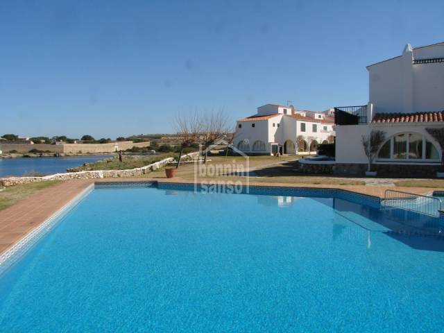 Lovely attached apartment with sea views in Sol de Este
