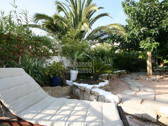 Beautiful house with large private garden in Alaior