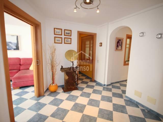 Preciosa propiedad en segunda planta en Ferrerias, Menorca.