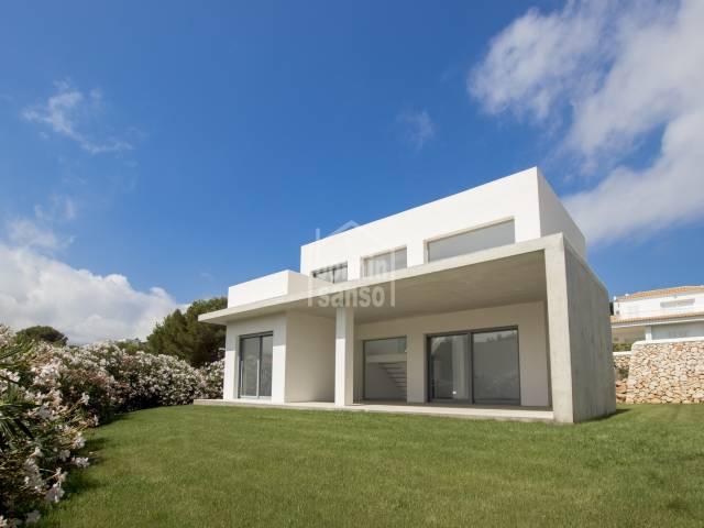 Neu-Bau-Villa in Coves Noves, Menorca.