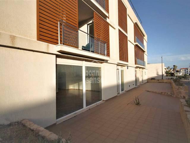 Interessante Geschäftsräume neben dem Paseo Marítimo, Ciutadella, Menorca