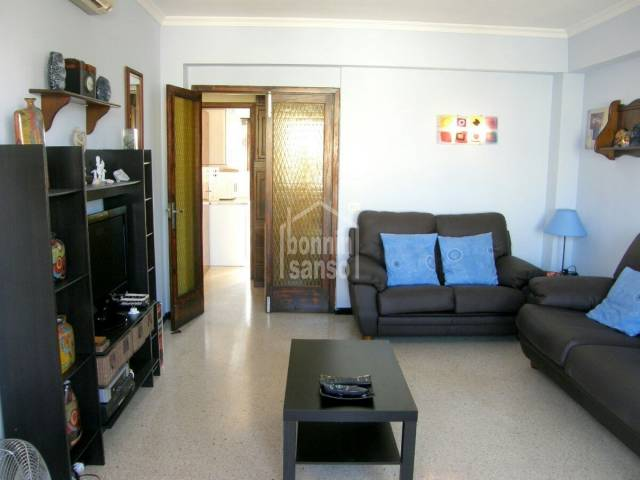 Nice apartment located in Cala Bona, very close to the beach