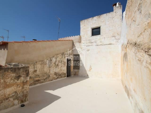 Casa semi-reformada en el Casco Antiguo de Ciutadella