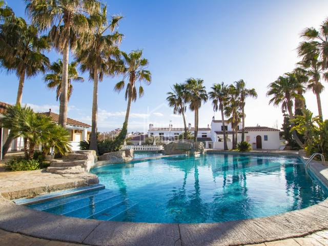 Apartment situated in an attractive complex in Calan Porter. Menorca