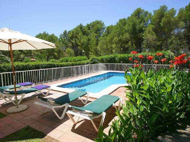 Lovely villa with swimming pool in Son Parc