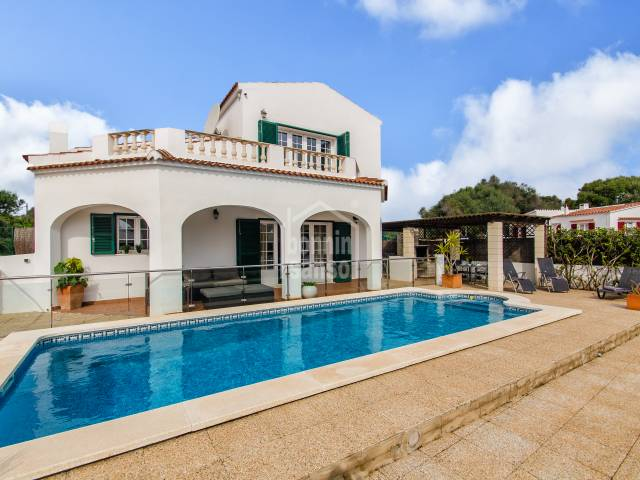 Beautiful villa in perfect condition in son vitamina., close to the South Coast Beaches in Menorca.