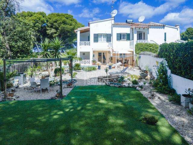 Semidetached villa with private garden and pool in Cala Galdana
