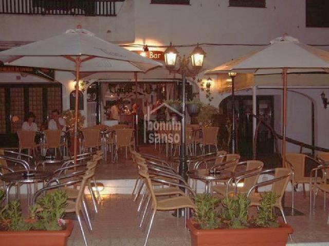 Bar en el centro comercial De Calan Porter Menorca