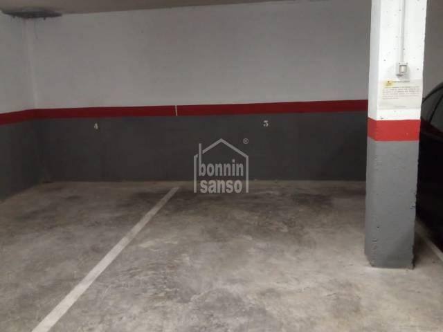 Plaza de parking en zona centro de Ciutadella, Menorca, Baleares