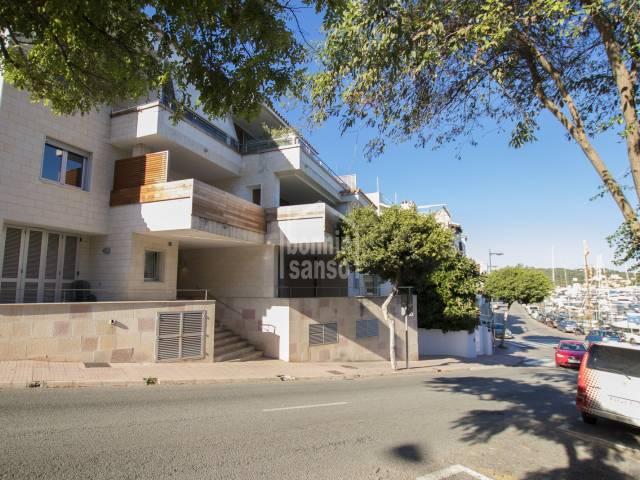 Appartamento/Flat in Mahon Puerto