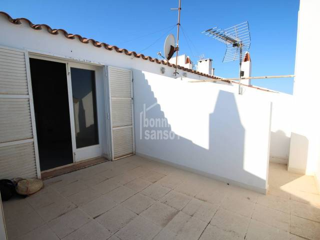 Excellent opportunity! Penthouse to finish in Ciutadella, Menorca