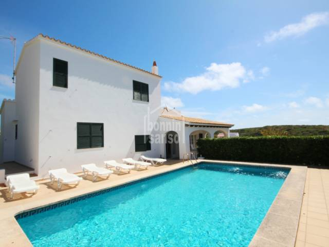 Villa in Cala Llonga with swimming pool