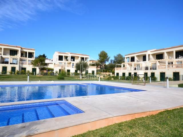 Soleado apartamento de 2 dormitorios en comunidad con piscina en Porto Cristo Novo. Mallorca