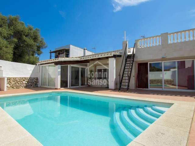 Gran casa de campo en la bonita Urb. de Trebaluger, Menorca