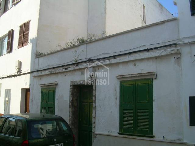 Bebaubar/Haus/Haus in Mahón (City)