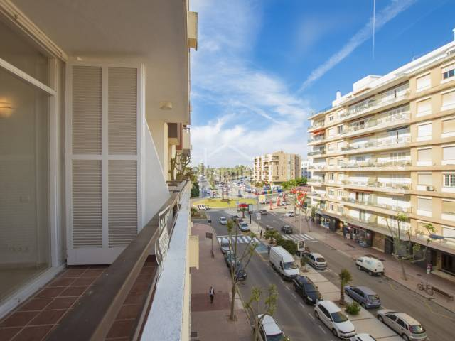 Spacious third floor apartment in Fort de l'Eau, Mahon, Menorca.