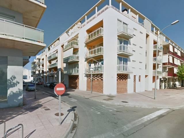 Plaza de parking en zona Via Ronda de Mahón