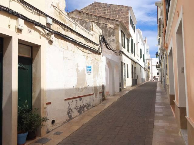Solar en la zona centro de Mahón, Menorca.