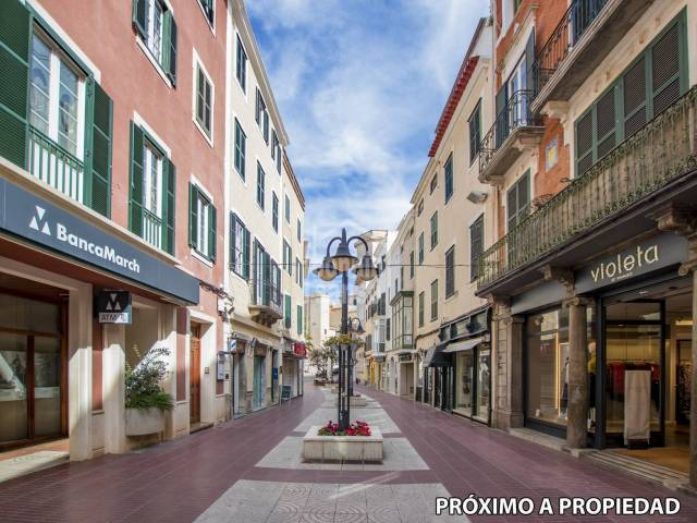 Local comercial en zona prime de Mahón, Menorca