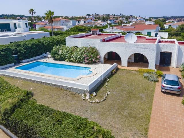 Lovely villa with sea views in S'Algar