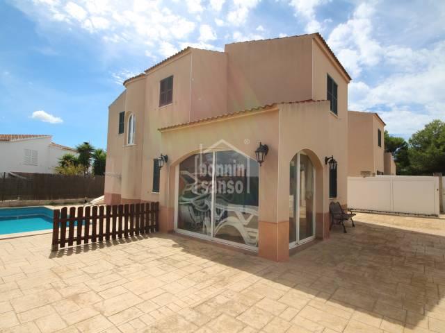 Villa with tourist license in Cala'n Blanes, Ciutadella, Menorca.