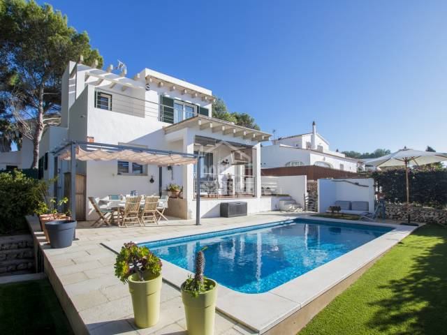 Modern villa with pool in Binibeca, on the south coast of Menorca.