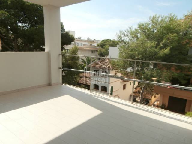 Apartamento de obra nueva en el centro de Cala Millor