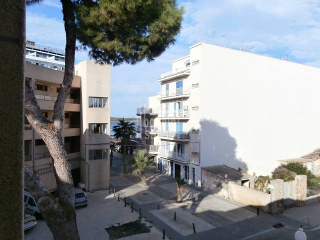 Spacious apartment in the centre of Sillot,