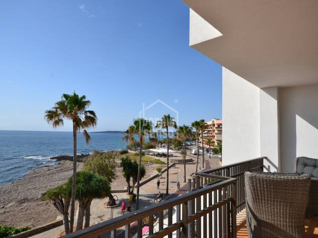 Front line penthouse apartment with beautiful views of Cala Millor Bay, Mallorca