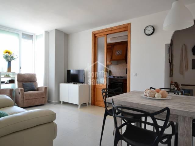 Sonnige Wohnung in der Nähe des Hafens von Cala Bona, Mallorca