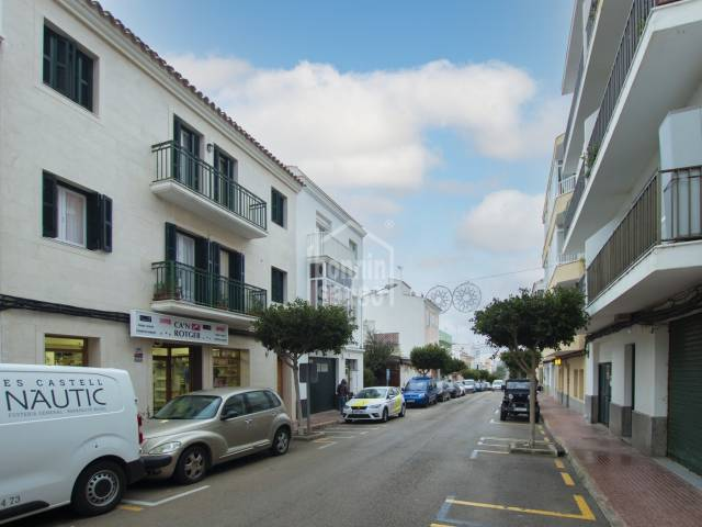 Attractive recently renovated flat in the heart of Es Castell, Menorca.